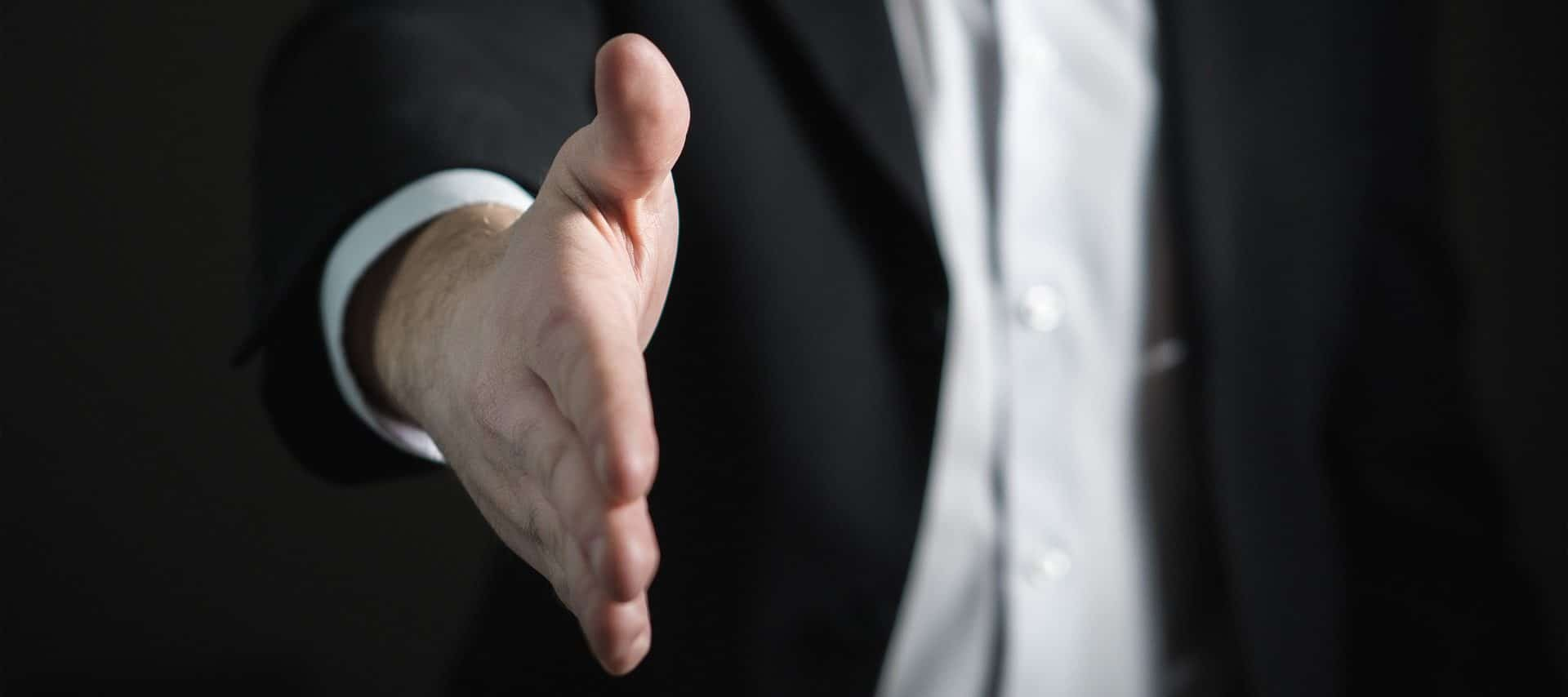 Interviewer-Bias: Je nachdem, wer ein Interview führt, reagieren die Teilnehmer anders – das verzerrt die Ergebnisse