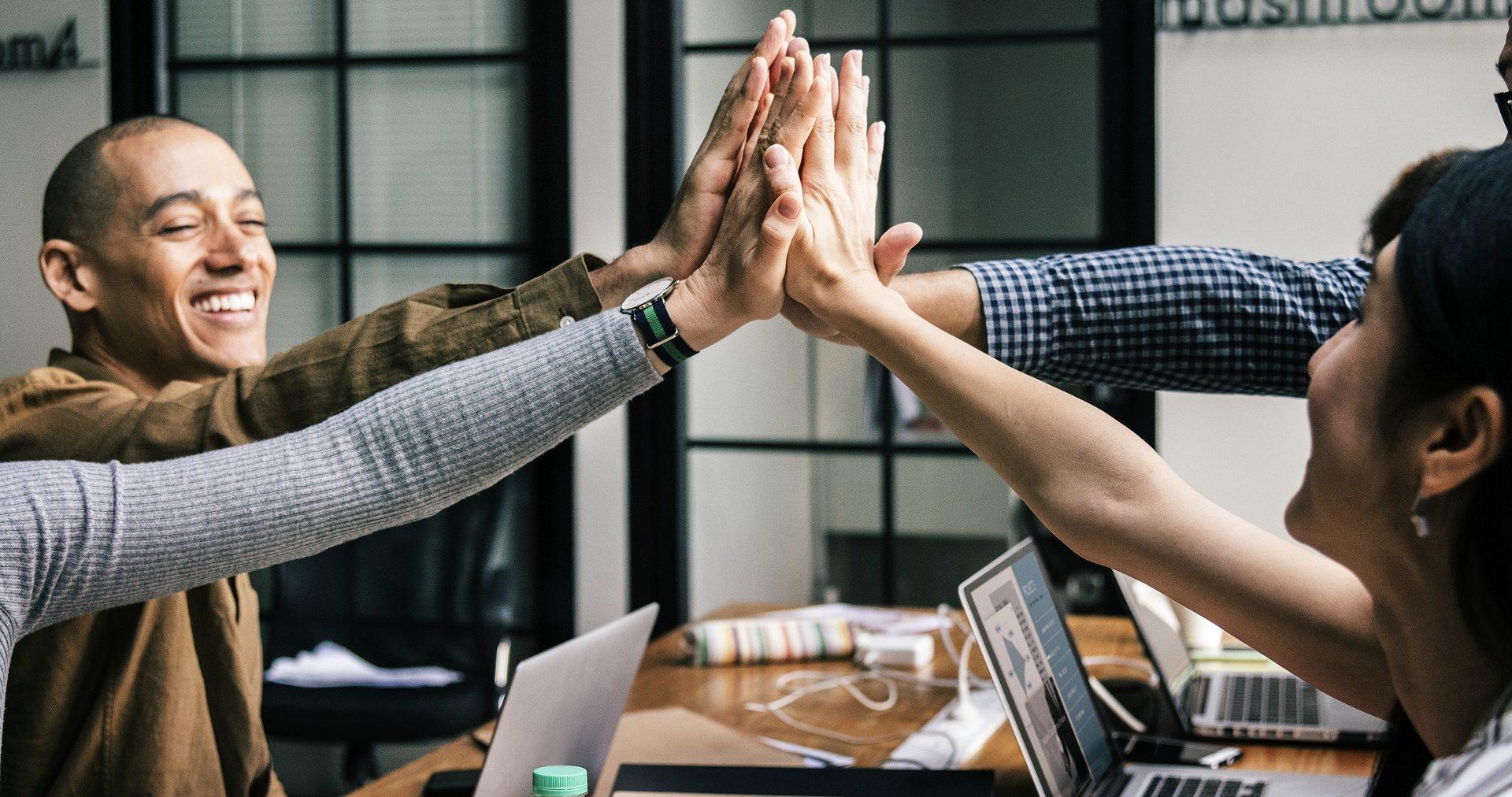 Führungsverhalten: Eine zunehmend wichtige Dimension der Führung ist die Zusammenarbeit in Teams zu fördern
